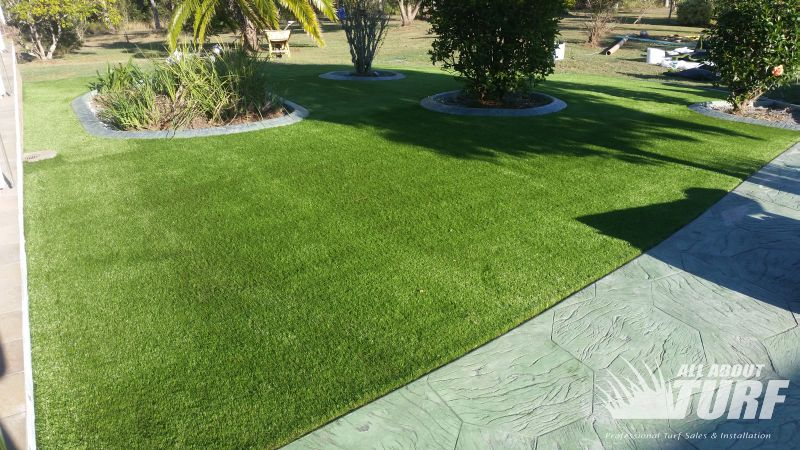 Strange Brisbane Synthetic Turf Garden All About Turf Sydney Gmtry Best Dining Table And Chair Ideas Images Gmtryco